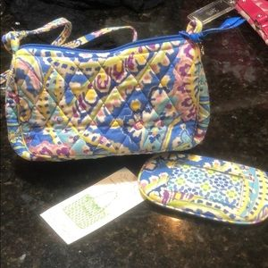 Like new Vera Bradley small purse and coin pouch.